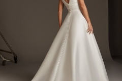 A-line-wedding-dress-with-V-neckline-back